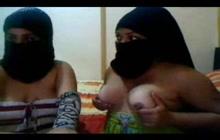 Arab chicks flaching their tits on webcam