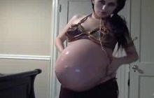 Pregnant Arab lady on webcam