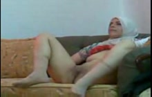 Arab girl spreads her legs wide for her man
